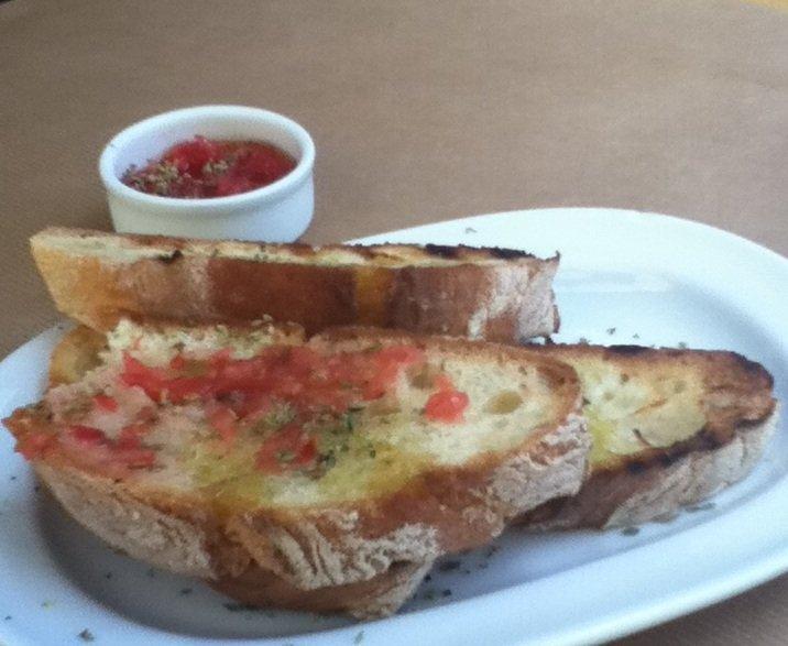 Garlic bread at vegan-friendly Kalderimi restaurant Chania Crete