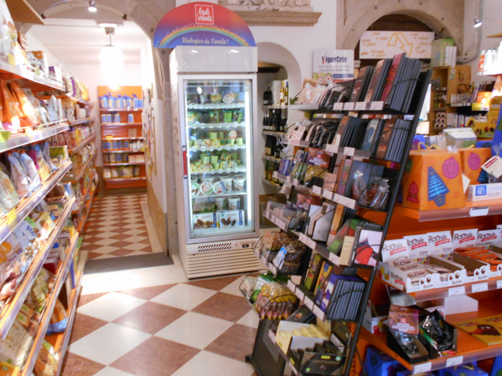 Rialto Biocenter organic health food store in Venice, Italy