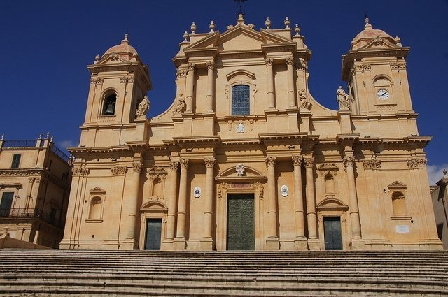 Vegan travel in Noto
