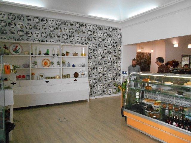 Salsa Verde vegetarian restaurant in Évora, Portugal