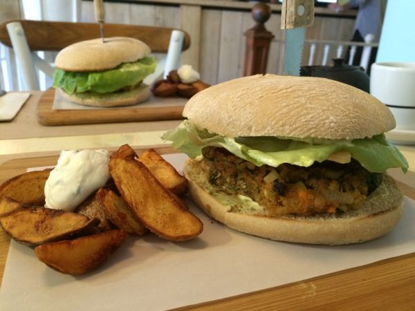 Viva Burger - vegan guide to Madrid