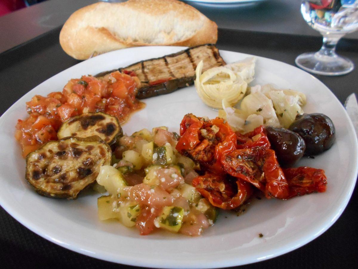 Vegan antipasti buffet at Rider Café , Chamonix