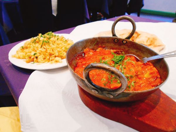 Spicy Ceylon curry at Curry King - vegan places to eat in Cambridge, England