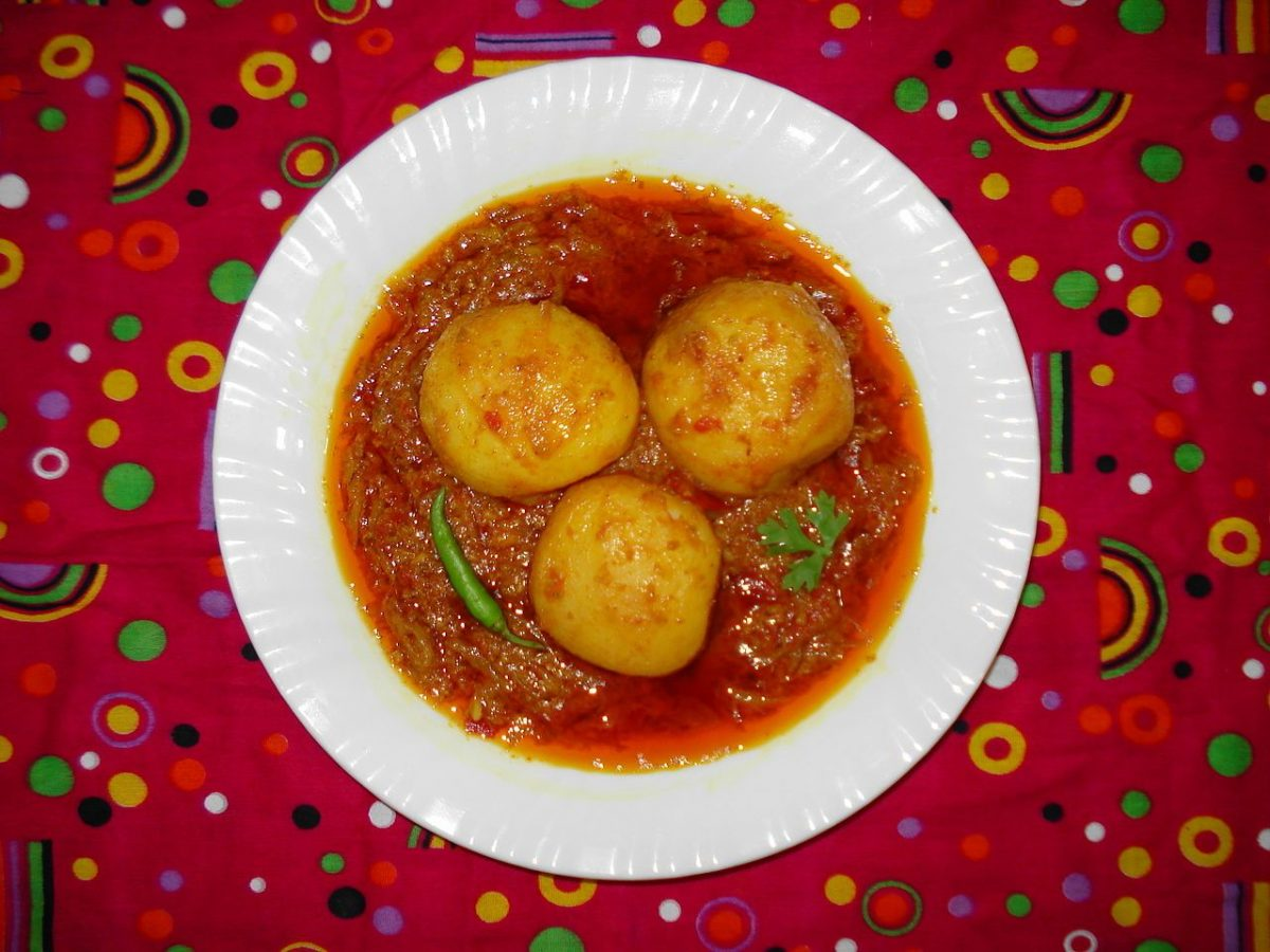 Kashmiri Dum Aloo - one of the must-try vegan Indian dishes