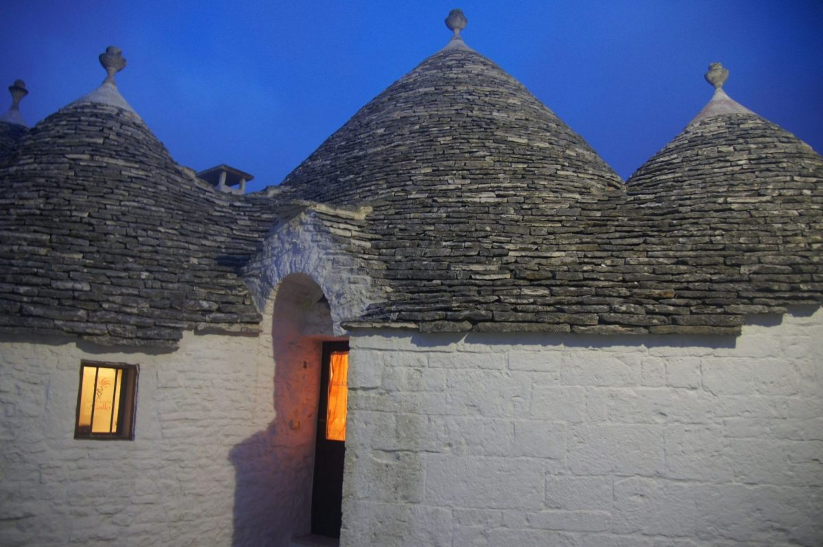 Wondering what to do in Puglia? The trulli of Alberobello are a must!