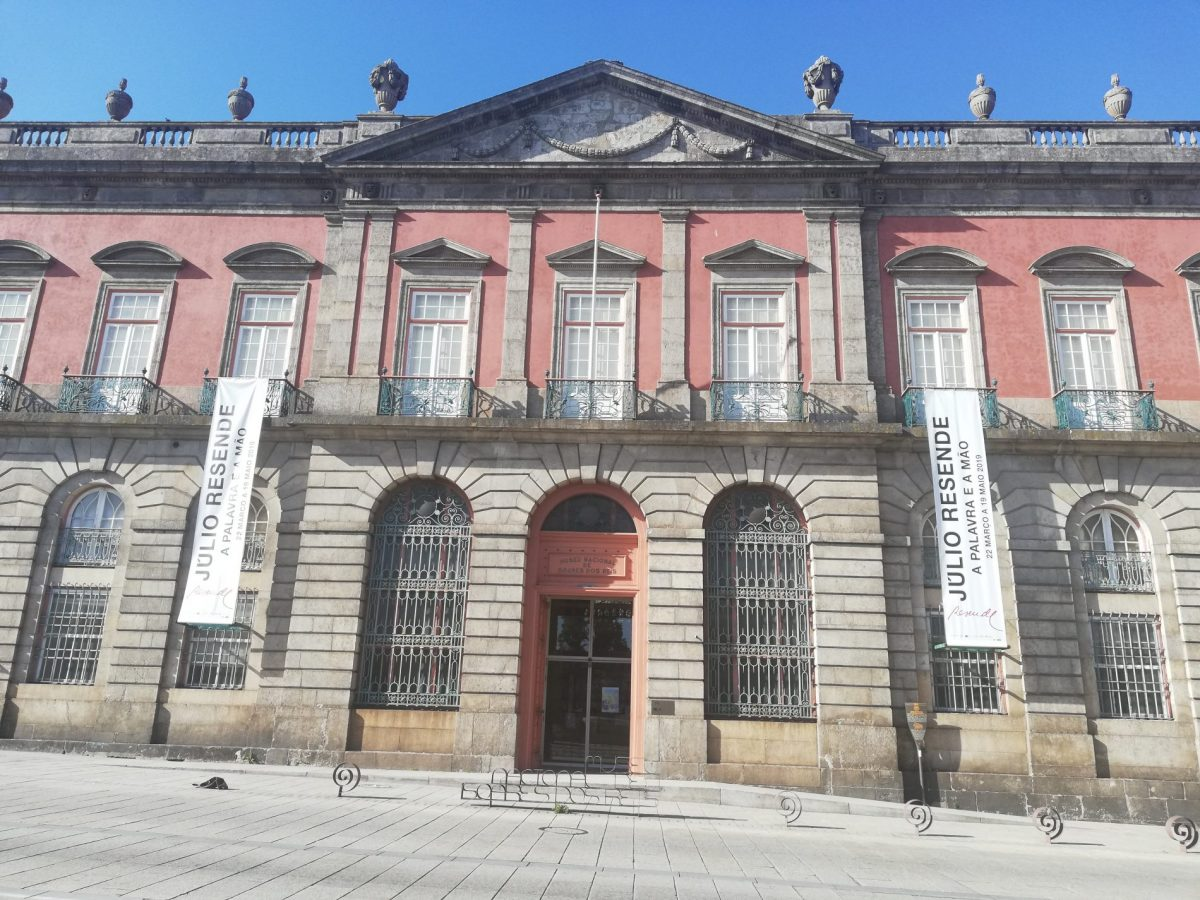 The façade of the Palácio dos Carrancas, home of the Soares dos Reis National Museum