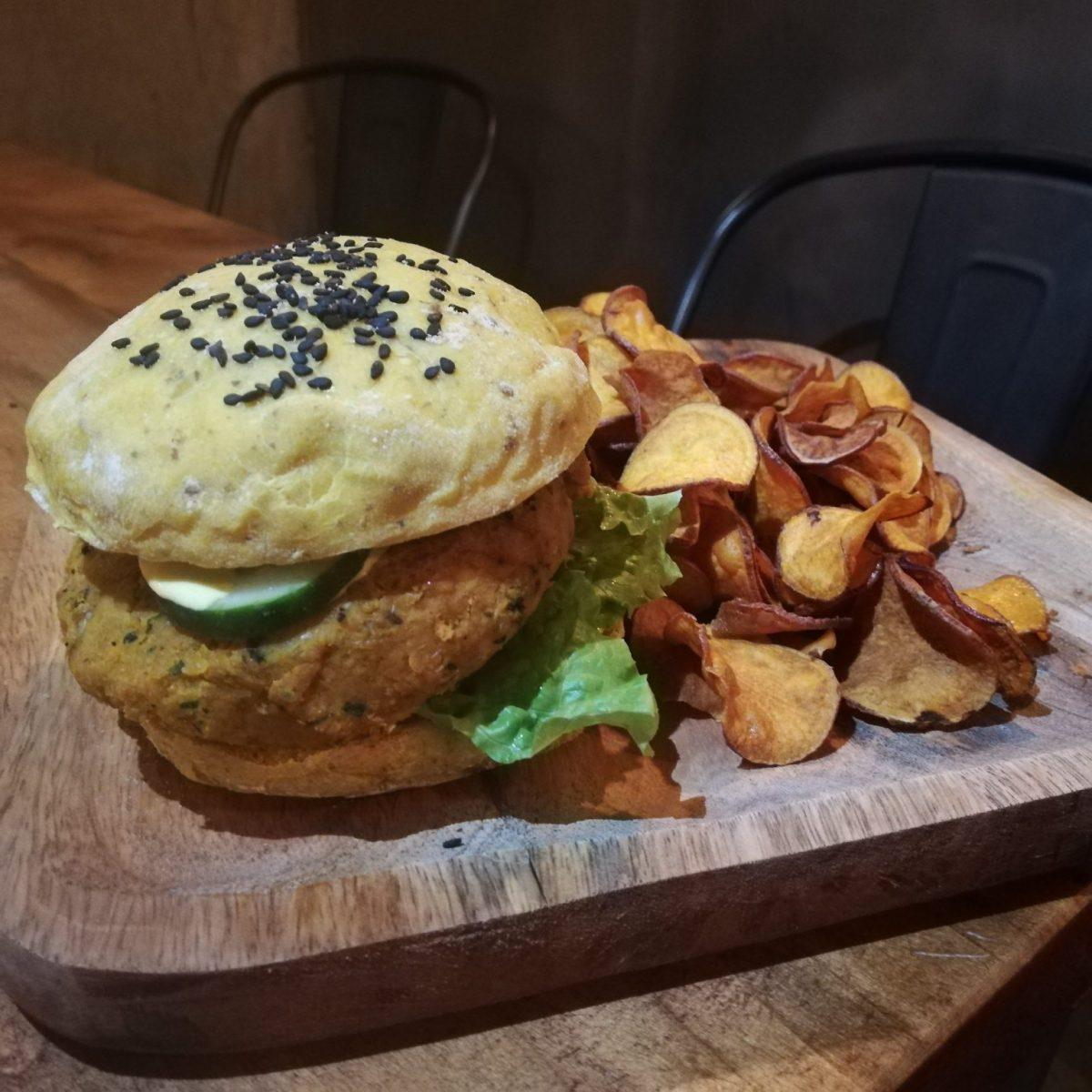 Vegan burger at Apuro Vegan Bar in Porto Portugal