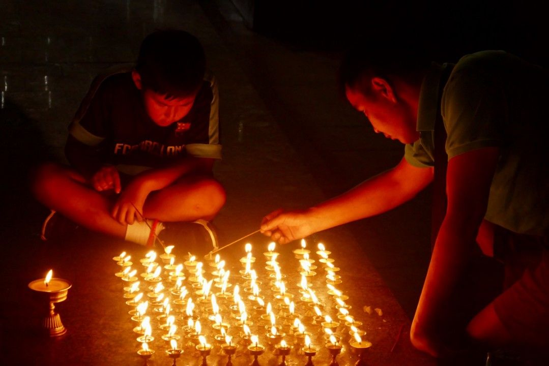 Candles at Gandan Tegchenling Monastery in Ulaanbaatar