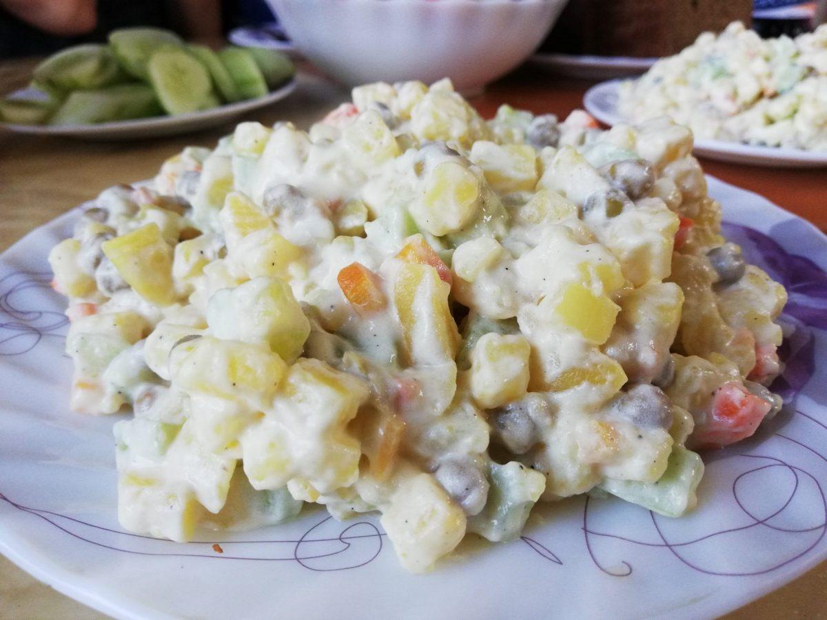 Нийслэл Салат potato salad