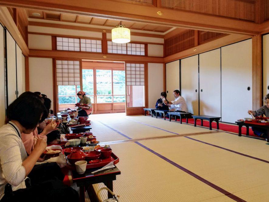 shojin ryori dining in Japan