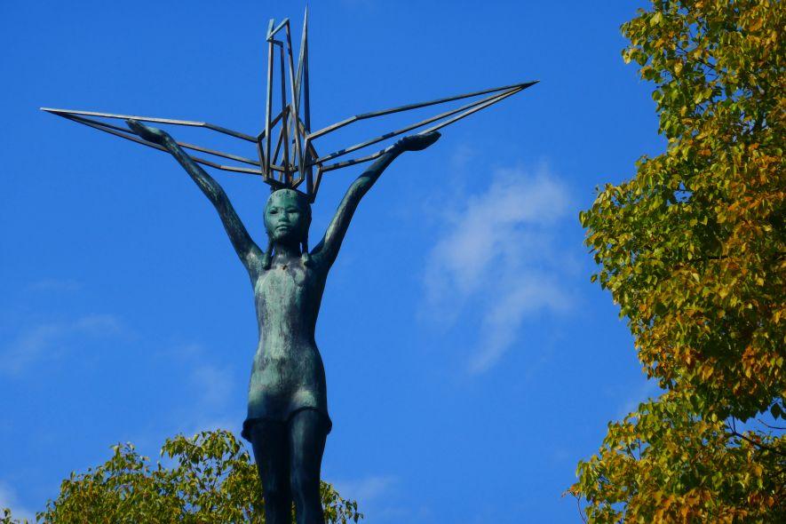 Sadako Sasaki paper cranes monument