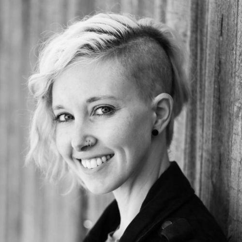 Alisha McDarris author of vegan camping meals article