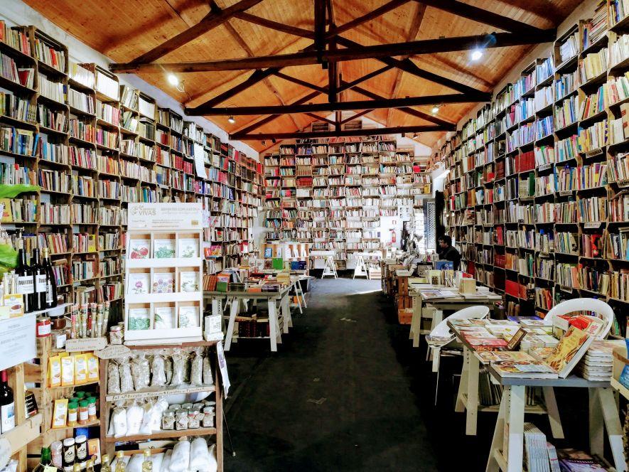 Organic market bookstore