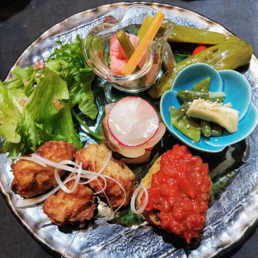 Veggie platter at Onwa Nara restaurant
