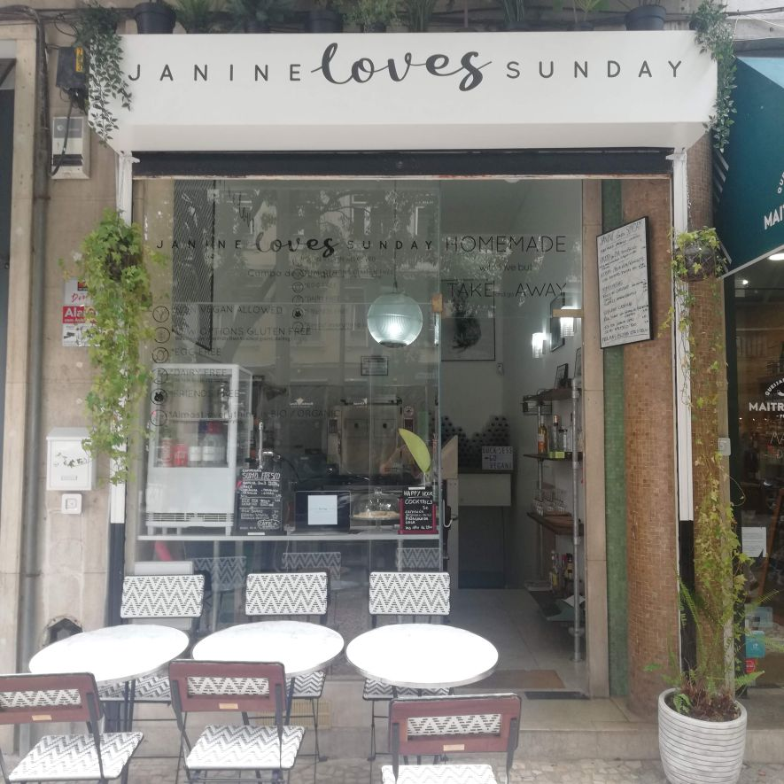 Janine Loves Sunday - French brasserie in Lisbon