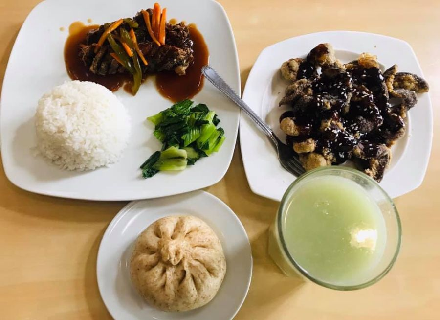 vegan meal at Daily Veggie n Café in the Philippines