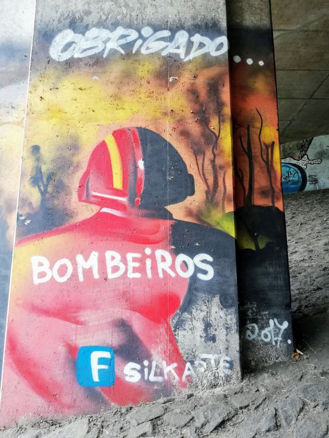 Tribute to Portuguese firefighters