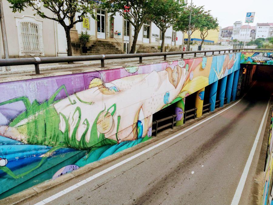 Utopia mural in Braga