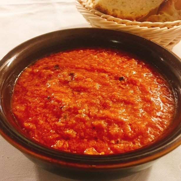 Pappa al Pomodoro is a vegan Tuscan soup